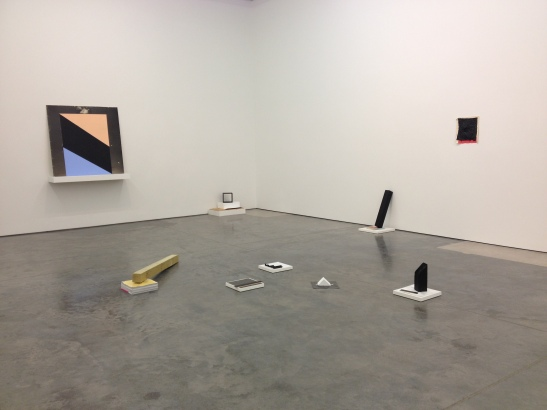 "Justin Beachler, installation view of ""Primary Ptructures,"" Dolphin, Kansas City, MO. Image courtesy of Erin Dziedzic"