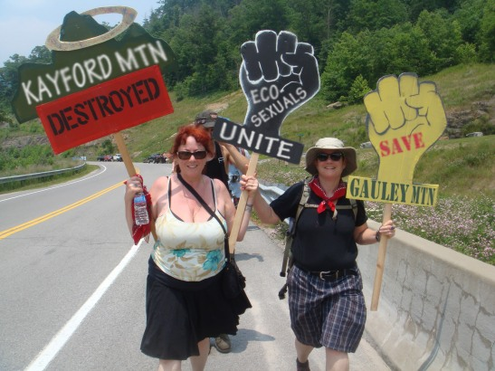 Annie Sprinkle and Beth Stephens, Protest march on Blair Mountain. Photo by Jordan Freeman