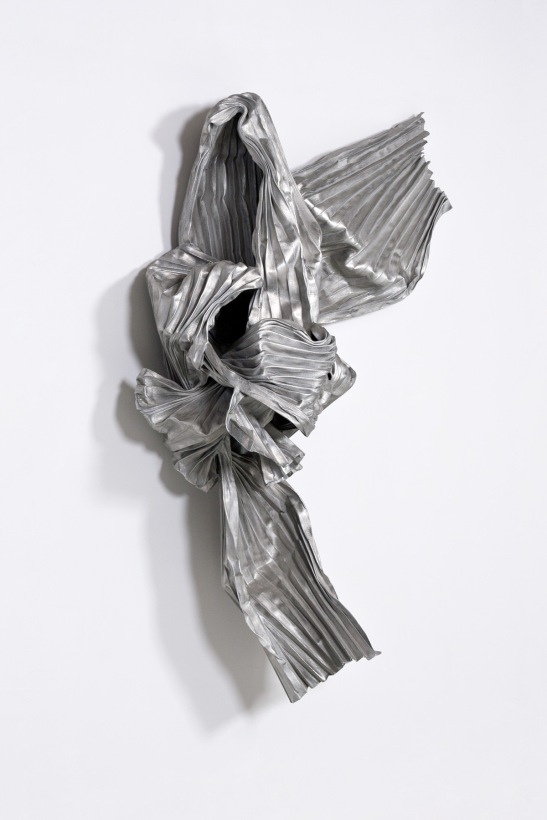 Lynda Benglis, Megisti II, 1984, bronze mesh and aluminum, 77 x 53 x 18 inches. Image courtesy of Locks Gallery, Philadelphia, PA.