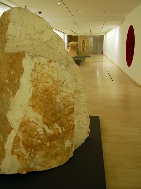 Anish Kapoor in Istanbul, Sabancı University Sakıp Sabancı Museum, 2013. Image courtesy of Greg Eltringham.